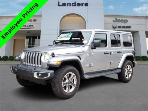 New 2019 JEEP Wrangler Unlimited Sahara With Navigation